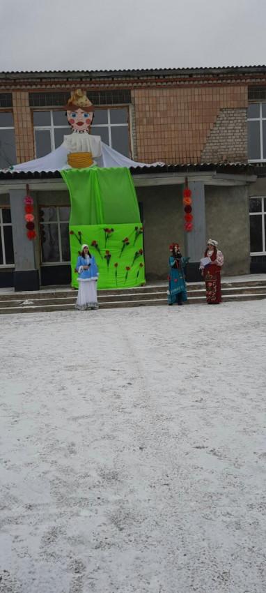 Альбом: У селищі Тополі святкували Масляну